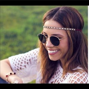 Jen Atkin x Chloe Isabel headwear and choker